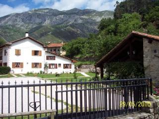 CASA JANA - Casa Rural en Asturias - Potes vacation rentals