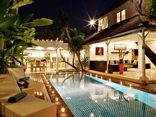3 BR Lux Pool Villa OceanStar1 Seminyak 100m beach - Seminyak vacation rentals