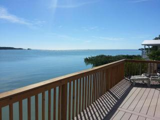 Oceanfront Bungalow Hideaway - Little Torch Key vacation rentals