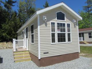 RV Park Model Cabin - Alton vacation rentals