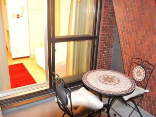 ****B&B TokyoCasa/ Heart of Tokyo, private apartment for short stay*** - Shinjuku vacation rentals