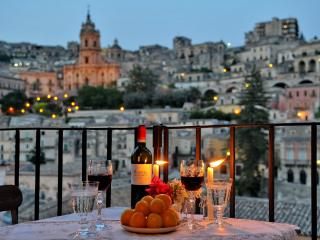 CASAORNI  - YOUR PERSONAL GLANCE UPON BAROQUE - Marina di Ragusa vacation rentals