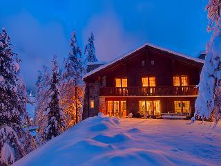 5 bedroom chalet with stunning Matterhorn Views. - Zermatt vacation rentals