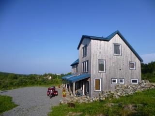 Blue Tin Roof Bed & Breakfast, Livingstone Cove,NS - Nova Scotia vacation rentals
