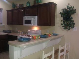Bertha's Cottage, Tybee Island, sleeps 6-8 - Tybee Island vacation rentals