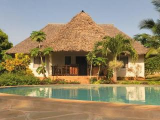 Villa Sunshine with Pool and big garden - Kenya vacation rentals