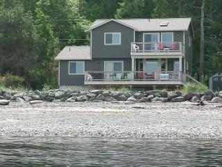 BEACHFRONT NEW HOME w/SUNROOM FACIN PROTECTION IS - Sequim vacation rentals