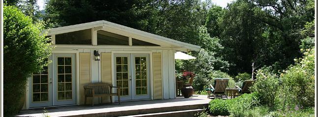 Sonoma Creek Cottage - Sonoma Creek Cottage with private pool -2 bedrooms - Glen Ellen - rentals