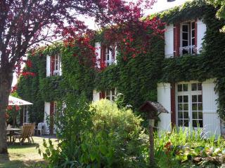 Veï Lou Quéri - Charming B&B in centre of France - Creuse vacation rentals