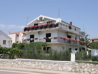 Vodice - Apartment Fila - beach nearby - Vodice vacation rentals