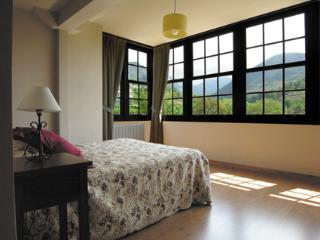 Enjoy nature in a calm enviroment. - Villaviciosa vacation rentals