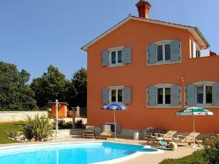 Apartment Villa Edo-Marija Stifanic - Kanfanar vacation rentals