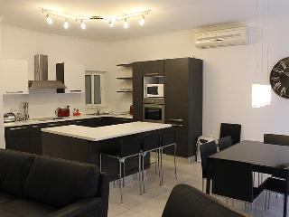 Modern 3 Bedroom A/C Side Seawiew Apt FREE Wifi L3 - Sliema vacation rentals