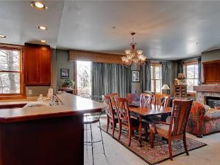 Economically Priced Breckenridge 2 Bedroom Free shuttle to lift - MJ19 - Breckenridge vacation rentals