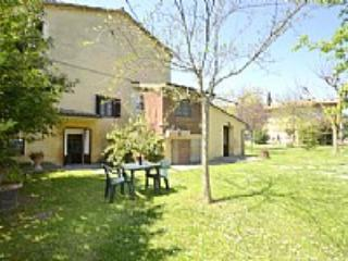Villa Sandia A - Castiglion Fiorentino vacation rentals