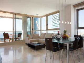 STUNNING sea view, 10th floor, pool in Barcelona! - Empuriabrava vacation rentals