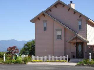 $395 weekly fall Special Incredible View with Pool - Gatlinburg vacation rentals