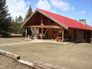 Large Holiday home in the Rockies! - Valemount vacation rentals