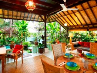 Hyacinth House with Private Pool in the Ricefields of Ubud - Woodston vacation rentals