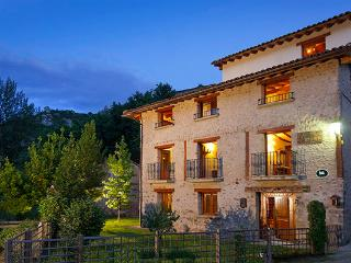 Casa Rural Ecológica Villa Liquidámbar, La Rioja - Kansas vacation rentals