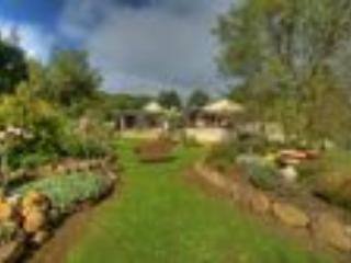 Beautiful Gardens and Peppermint Cottage - Peppermint Springs Retreat and Day Spa: Cottage - Daylesford - rentals