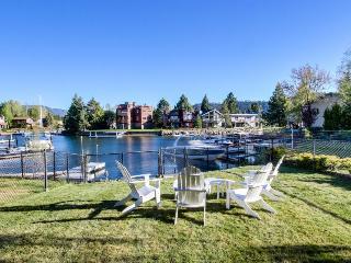 On the Tahoe Keys w/ resort amenities - hot tub, tennis! - South Lake Tahoe vacation rentals