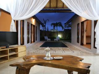 Villa Monaco, 3 bed Seminyak Villa off Oberio Street - Seminyak vacation rentals