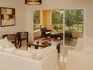 Luxury 3 bedrooms golf condo at Gary Player course - Juan Dolio vacation rentals