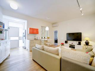 Beautiful designed and cosy 1.5 BD near the beach - Tel Aviv vacation rentals