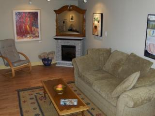 Stofer Gallery B&B for Art Lovers! - Denman Island vacation rentals