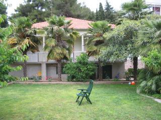 Apartman Morovic - Mrljane vacation rentals