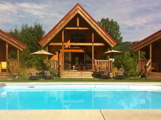 Icicle Camp, Pool, Hot Tub, Wi-Fi, Serene Views - Leavenworth vacation rentals