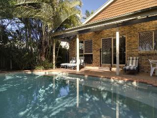 Palms, Coolum Beach House, Sunshine Coast 7 night - Coolum Beach vacation rentals