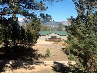 Lake and Mountain views, Convenient location - Estes Park vacation rentals