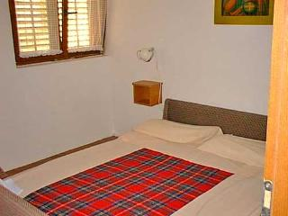 APARTMENTS AND ROOMS ZDENKO - 60081-A1 - Vantacici vacation rentals
