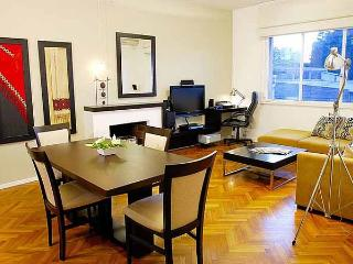 Luxury 2 bedrooms, 2 bath in Recoleta - Azcuenaga - Buenos Aires vacation rentals