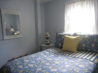 2 Bedroom Cozy Cottage in Boothbay Harbor, Maine - Boothbay Harbor vacation rentals