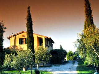 Casolare a Bevagna nella verde campagna Umbra - Gualdo Cattaneo vacation rentals
