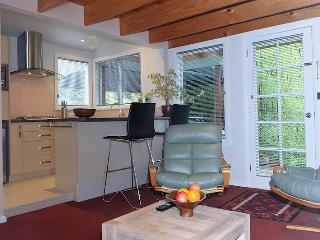 The Gardens Apartment Hobart - Hobart vacation rentals