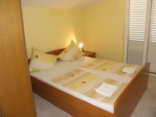 Apartments Željko - 26441-A3 - Srima vacation rentals
