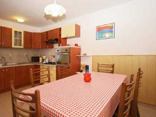 Villa Vickovi,5+1 persons,with pool - Rakalj vacation rentals