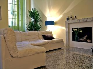 Luxury Design Flat a Jewel in Town - Pieve Ligure vacation rentals