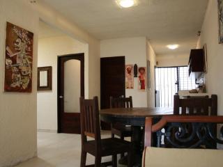 The Basic House 3 nights min/ 750usdMonthly - Tulum vacation rentals