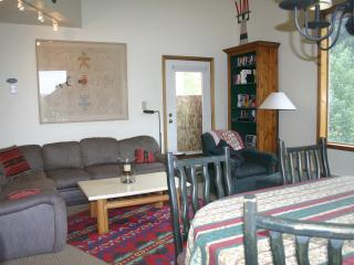 3 BR Slopeside Condo in Charming  Telluride Town - Telluride vacation rentals