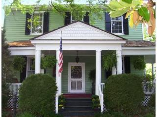 The Tacrea House - South Boston vacation rentals