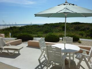 Seapointe Village OCEAN FRONT WALKOUT! 1BR - Wildwood Crest vacation rentals