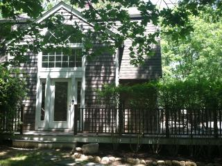 Beautiful East Hampton Escape, Heated Pool - East Hampton vacation rentals