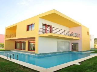 Albufeira Marina Villa 14 - Albufeira vacation rentals