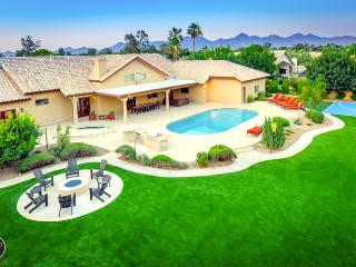 #1 Rated *5 Star Lxry Resort Style Prop, Best Lctn - Scottsdale vacation rentals