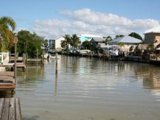 MANATEE WATCH - Holmes Beach vacation rentals